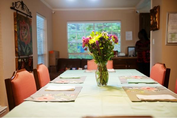 CollinfieldAssistedLiving_dining2